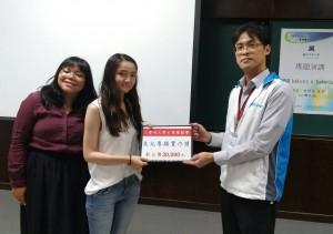 興大機械系學生趙靜翎、白妤馨獲得美光專題實作獎