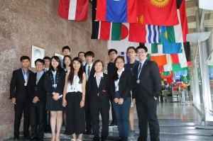 由台灣獸醫學生會、台灣牙醫學生聯合會、中華民國藥學生聯合會以及台灣護理學生聯合會共同組成的「2017年世界衛生大會台灣青年團」,日前(5/ 22至5/31)參與在瑞士日內瓦舉辦的「世界衛生組織」。
