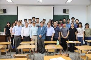 5月1日中興大學行銷系李宗儒教授邀請源鮮農業生技董事長蔡文清以「革命性的創新農業」為題進行演講